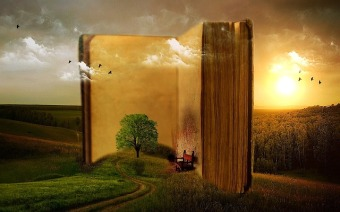 It's amazing the worlds a book can show you. Image via Pixabay.