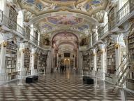The world's most beautiful library perhaps? Image via Pixabay.