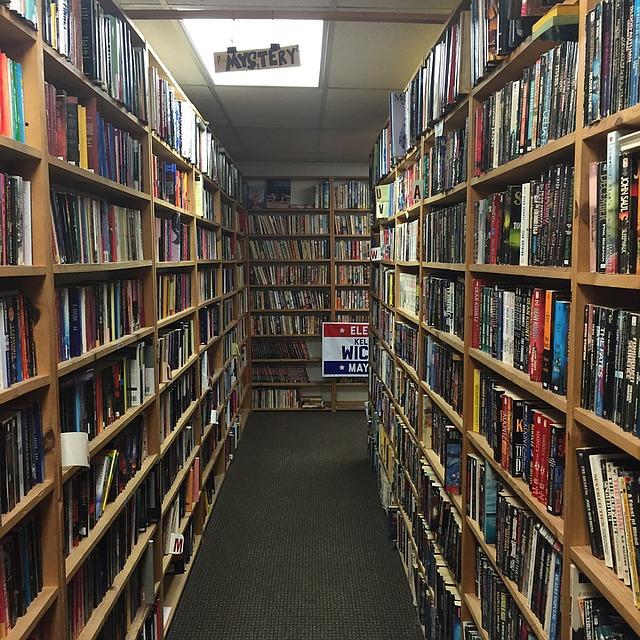 Bookshops are vital to encourage literary - image via Pixabay.