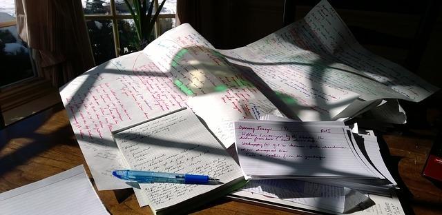 Story ideas still start on paper. Image via Pixabay.