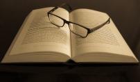 You can't beat a good book. Image via Pixabay.