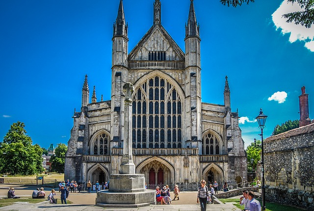 Winchester Cathedral where Jane Austen is buried. Image via Pixabay