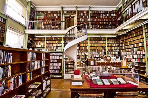 Plenty to enjoy here! Image via Pixabay