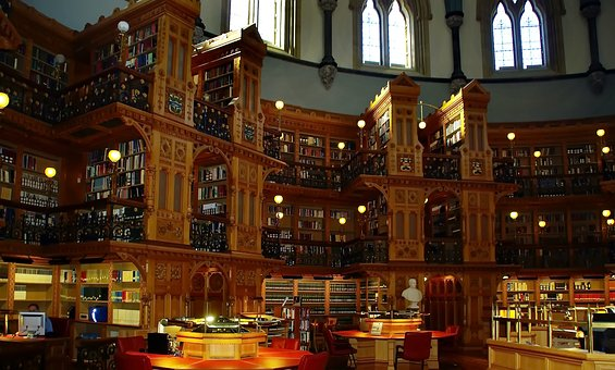 Another lovely library, this one is in Canada - image via Pixabay