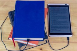 Ebooks and print - both have their own frustrations when it comes to publishing. Image via Pixabay