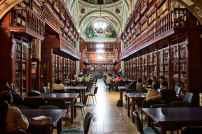 A huge but lovely library. Image via Pexels