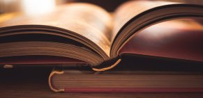 Books should keep you gripped and that is down to the characters. Image via Pixabay