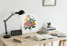 Great reading desk. Image via Pixabay.