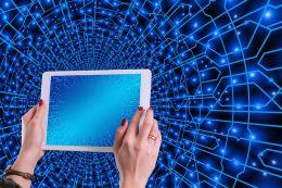 The world is shrinking thanks to technology. Image via Pixabay.