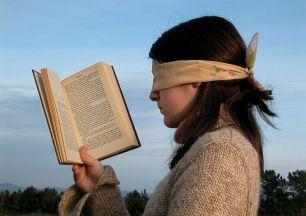 No literacy = no books. Image via Pixabay