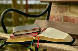 Love a good journal! Image via Pexels