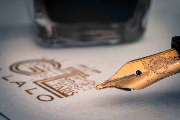 Lovely nib! Image via Pexels.