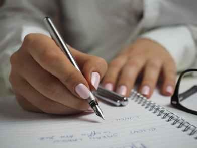 Drafting those ideas... image via Pexels