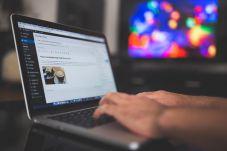 Preparing the blog. Image via Pixabay.