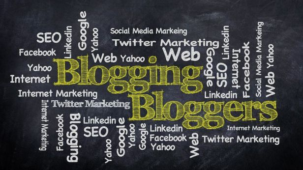 So many places to share your blog. Image via Pixabay,