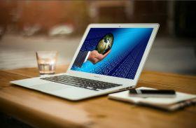 Social media has made the world a smaller place. Image via Pixabay.