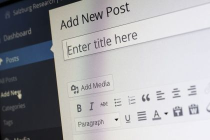 This seems a familiar sight! Image via Pixabay.