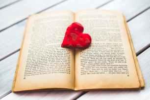 Love books! Pexels image.
