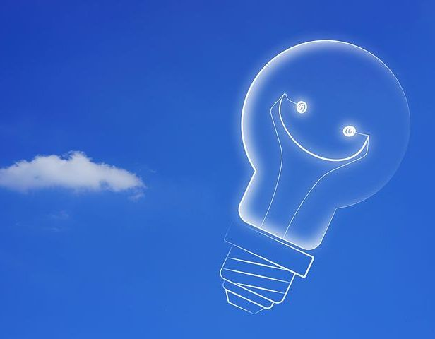 A great new idea makes me smile, as does this image. Pixabay image.