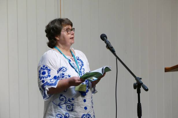 Many thanks to Geoff Parkes for kind permission to use this shot of me reading at the Swanwick Prose Open Mic Night.