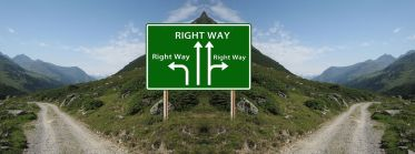 And which is the right way?! Pixabay image.