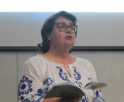 HAMPSHIRE WRITERS PICTURE OF ALLISON