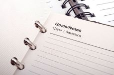 Goals don't have to be huge but can give you a huge sense of achievement as you tick them off. Pixabay image.