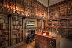 Abbotswood House, home of Sir Walter Scott. Pixabay image.