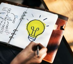 The lightbulb moment is not so easy to capture as drawing it! Pixabay