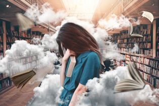 Why look despondent in a library? I wouldn't. Pixabay