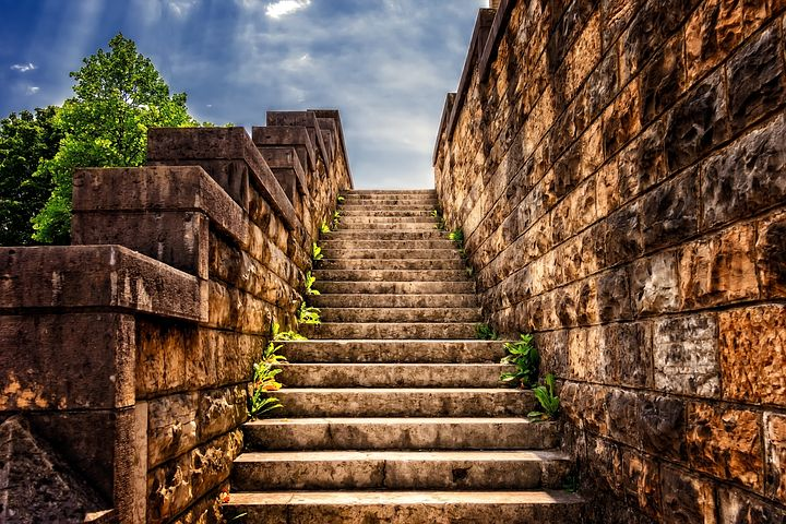 STEPS - Writing is made up of steps - Pixabay