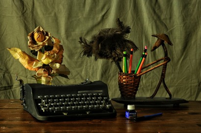 APPRECIATING WRITING - I don't miss carbon paper or typewriter erasers either - Pixabay