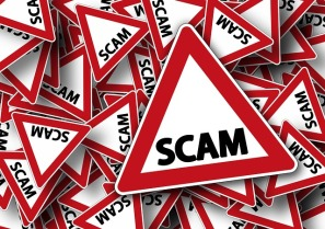 Scams happen in creative writing too, image via Pixabay